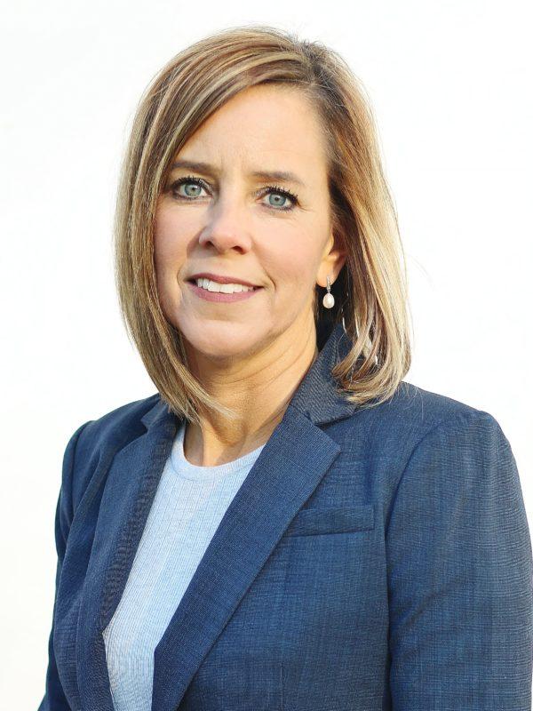 Dr. Tracy Fischer